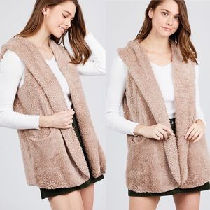 Active USA Jackets & Coats - NEW S,M Fuzzy Hooded Vest w/Pockets Taupe